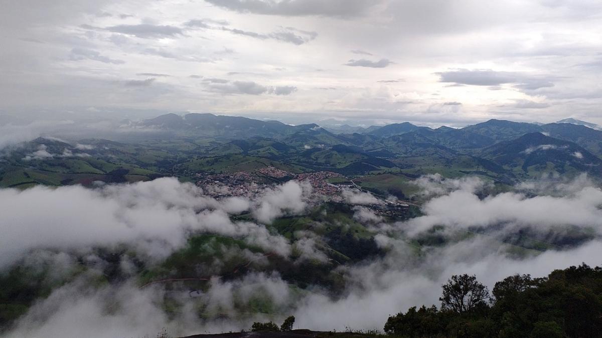 Pico do Machadão Paraisópolis - Sul de Minas